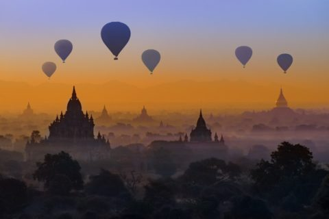 Bagan - Sunrise - Balloons