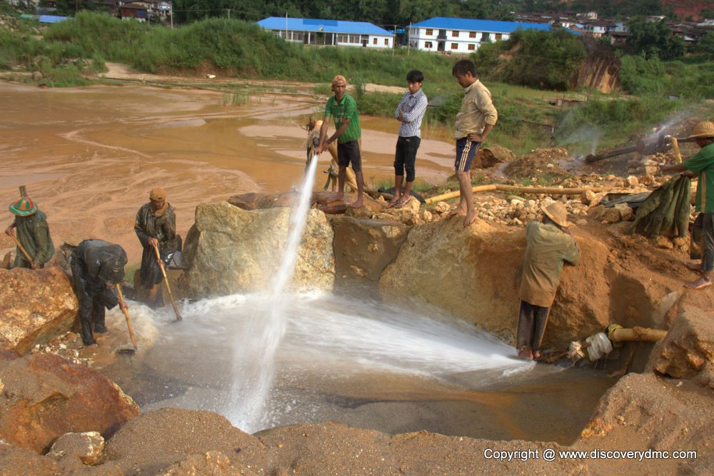 mogok tours, travel guide and gems mining